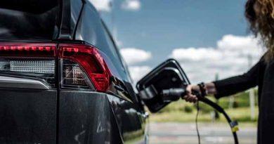 Durante el 2021, se vendieron más de 450 autos eléctricos por mes en el país